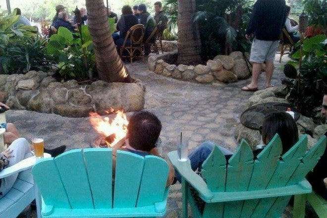 Outdoor Dining in Palm Beach / West Palm Beach
