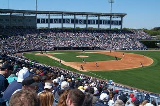 Restaurants near Steinbrenner Field