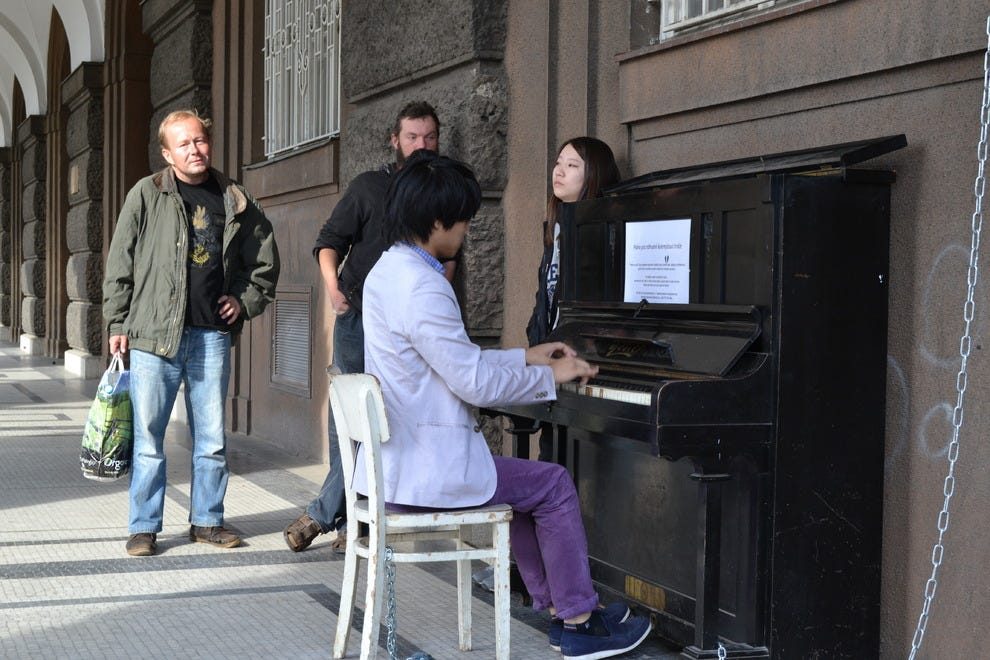 Pianos in the streets