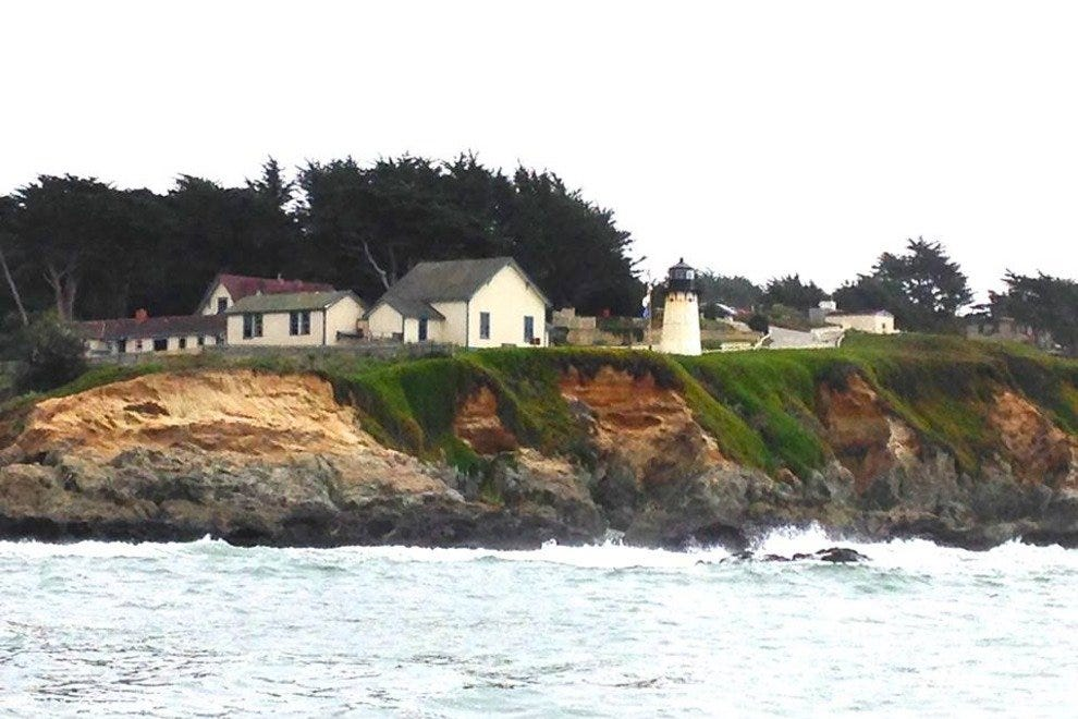 Montara Lighthouse and Hostel