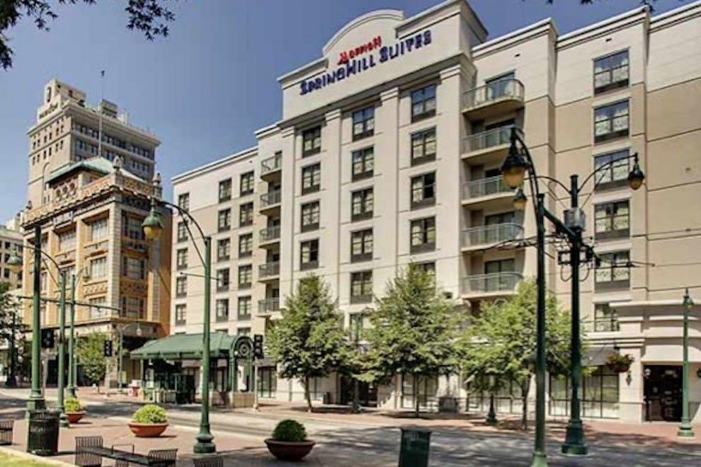 孟菲斯市中心斯普林希尔套房酒店