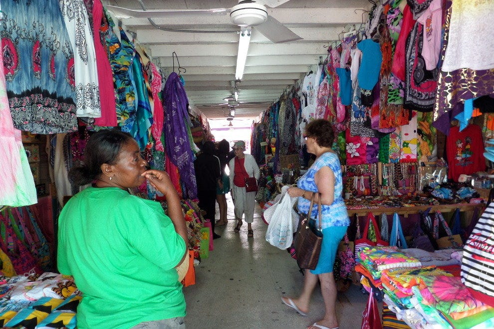 4bcf4b7395 Grand Bahama Island's Best Shopping: Shopping in Nassau