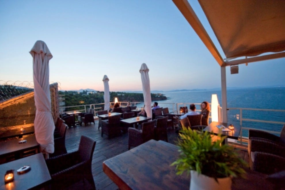 Balcony restaurant athens restaurants review 10best for Balcony restaurant group
