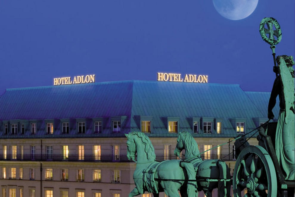 Berlin luxury hotels in berlin luxury hotel reviews 10best for Top hotels in berlin