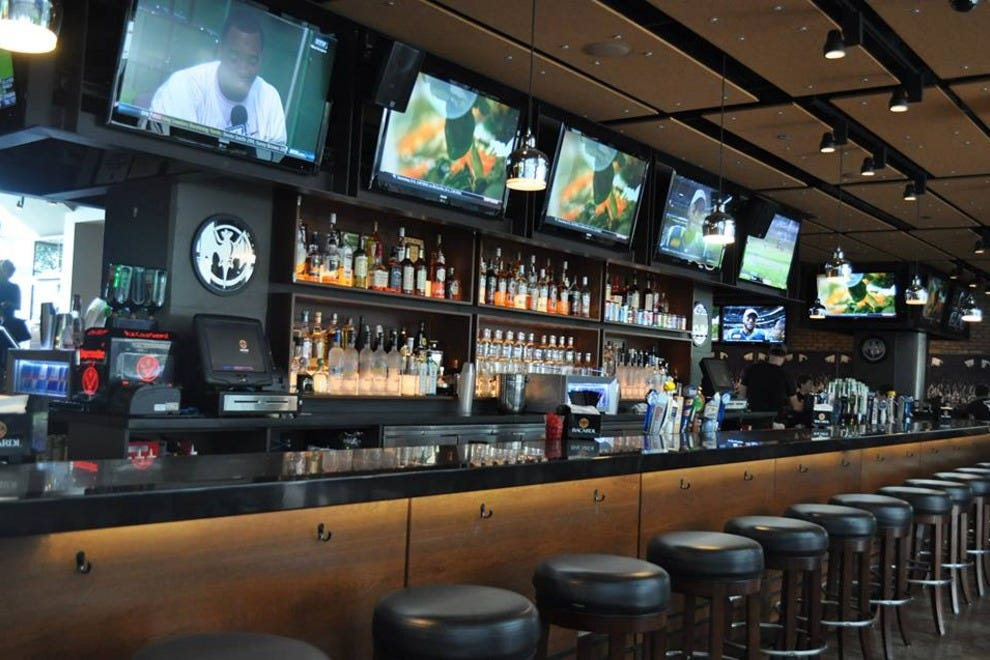 Chicago Sports Bars 10best Sport Bar Amp Grill Reviews