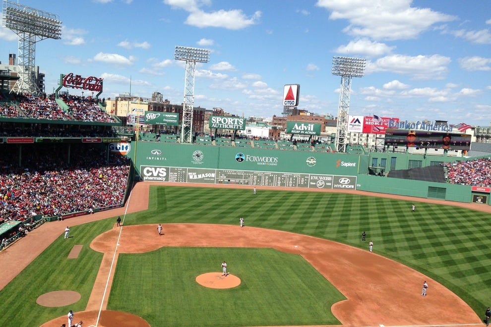 how to get from hoel to fenway park
