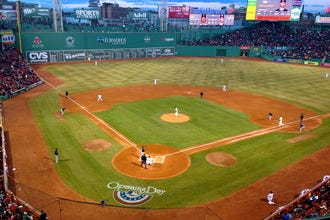 Boston Hotels Located within a Mile of Baseball's Fenway Park