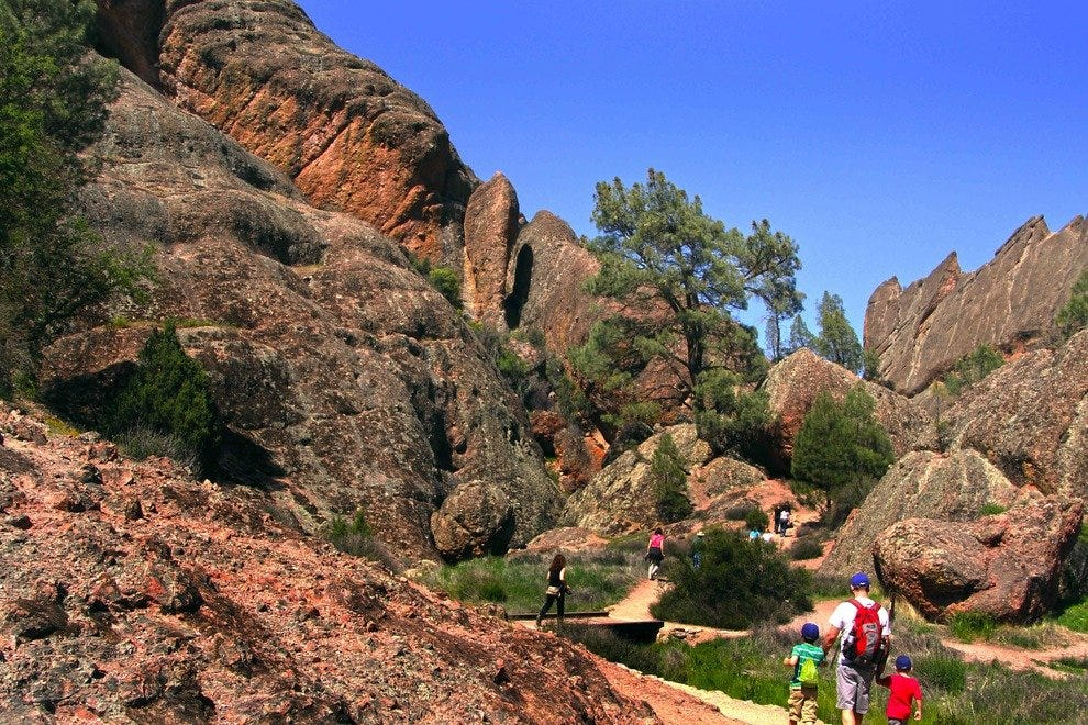 Hiking trail, Pinnacles National Park