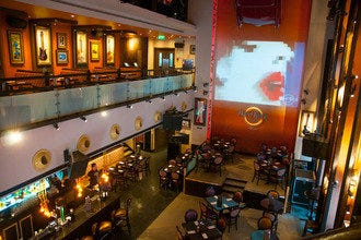 Memorabilia, Music and Menus at Hard Rock Café Lisbon