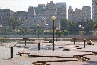 Tour Memphis in One Day by Following the Mississippi River