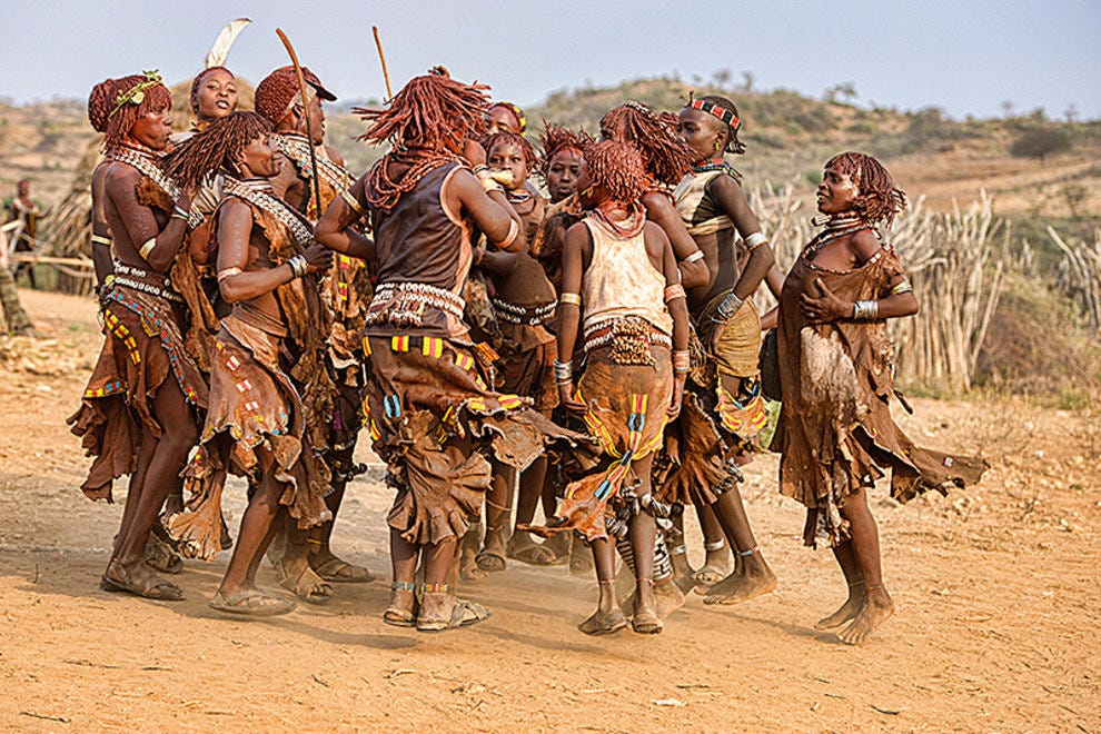 Hamer women dancing