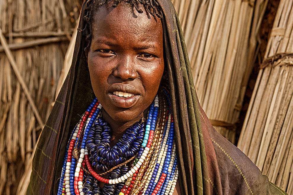 Arbore teen and her beads