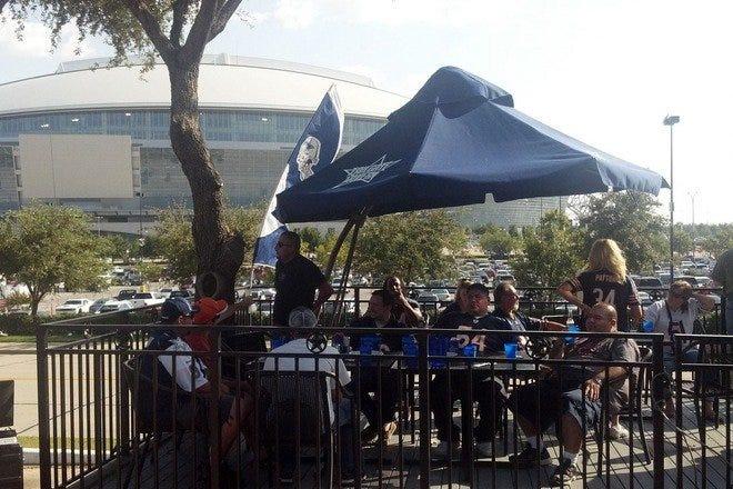 Restaurants near AT&T Stadium