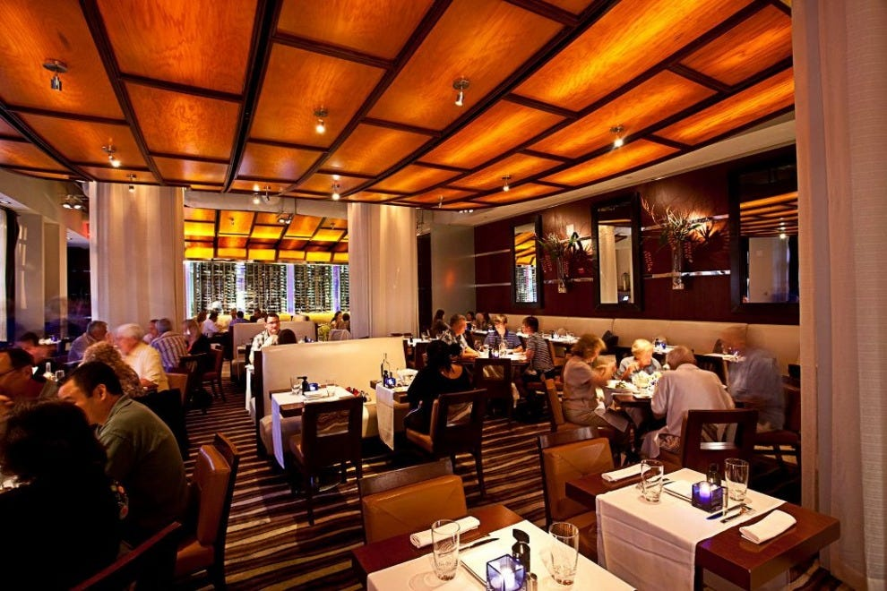 Luma on park orlando restaurants review 10best experts for Best private dining rooms orlando