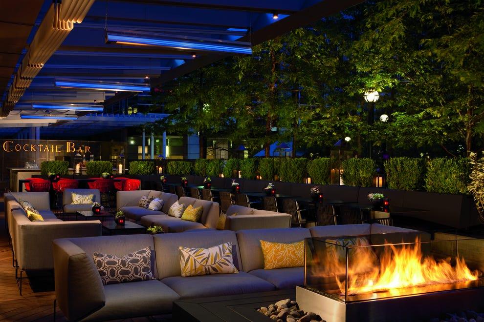 Nightlife Slideshow Lounges In Toronto