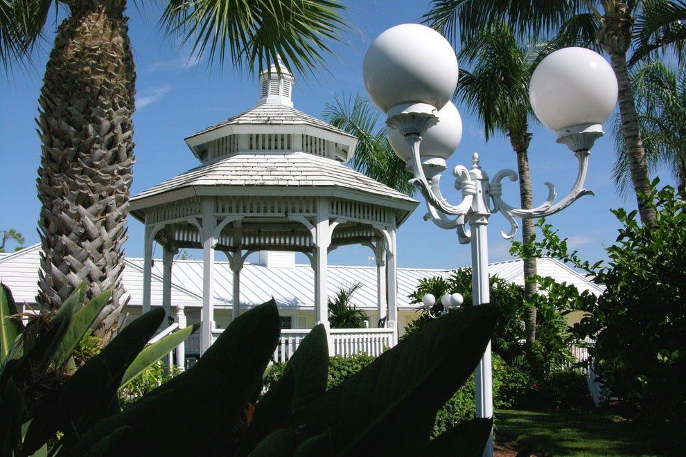 Lemon Tree Inn Naples Naples Hotels Review 10best