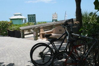 Bike around Naples: Grab Your Bicycle for a Half-Day Tour