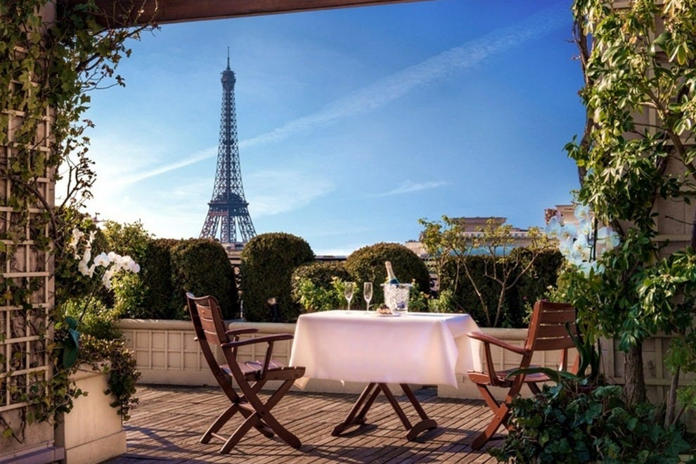 hotel raphael rooftop bar paris nightlife review 10best experts and tourist reviews. Black Bedroom Furniture Sets. Home Design Ideas