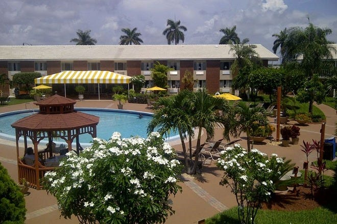 Budget Hotels In Palm Beach West