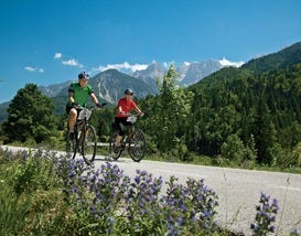 10Best Reasons to Cycle Europe