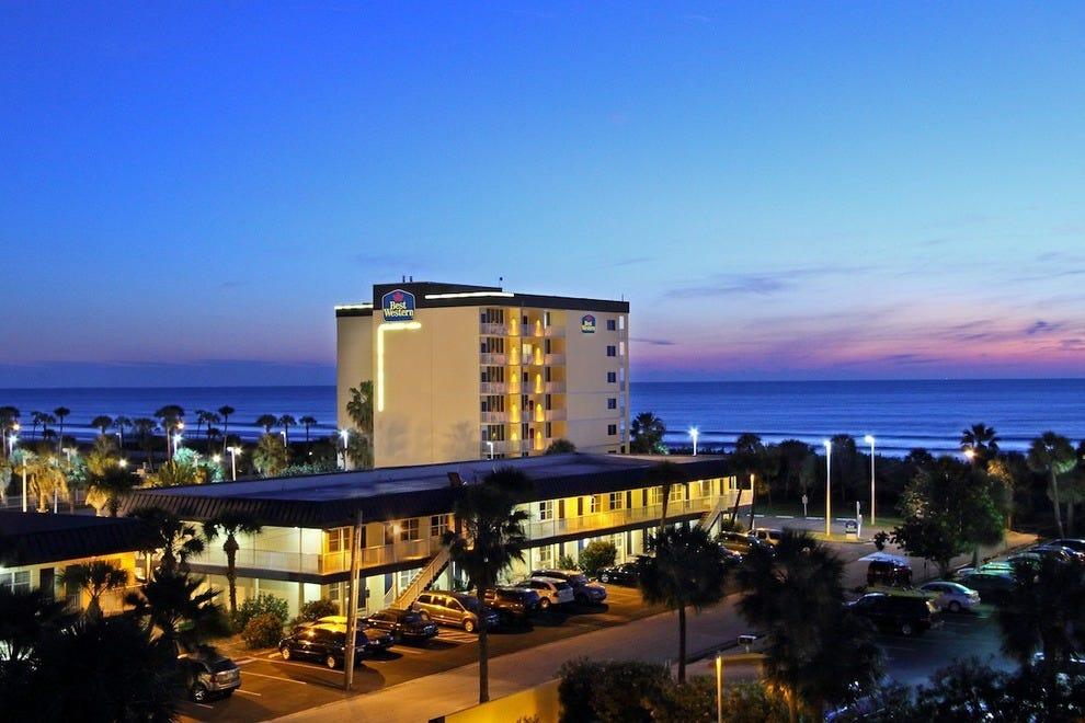 最佳西部可可海滩酒店及套房