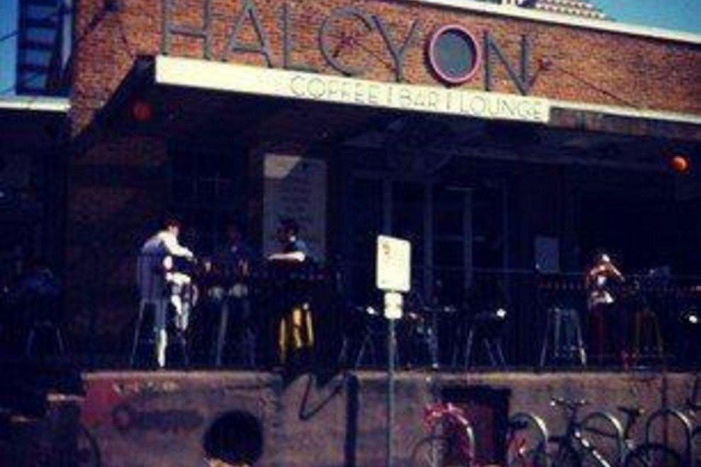Halcyon Coffee | Bar | Lounge