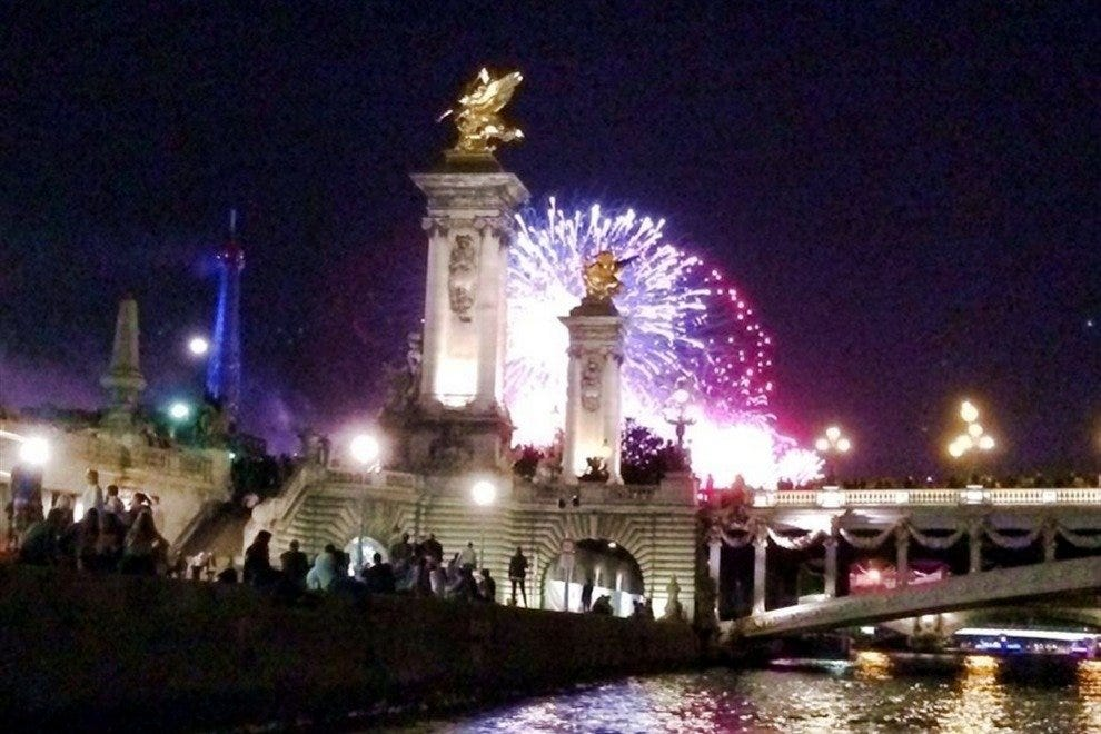 Partying along the Seine