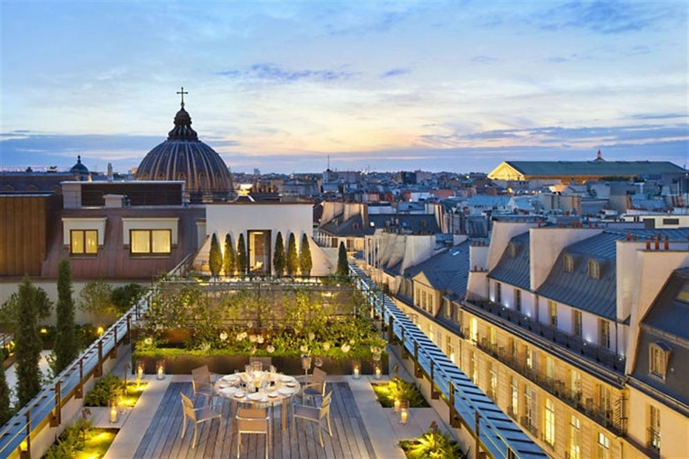Ultra luxury palaces and hotels the best paris has to offer for Top design hotels in paris