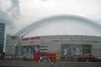 Restaurants near Rogers Centre
