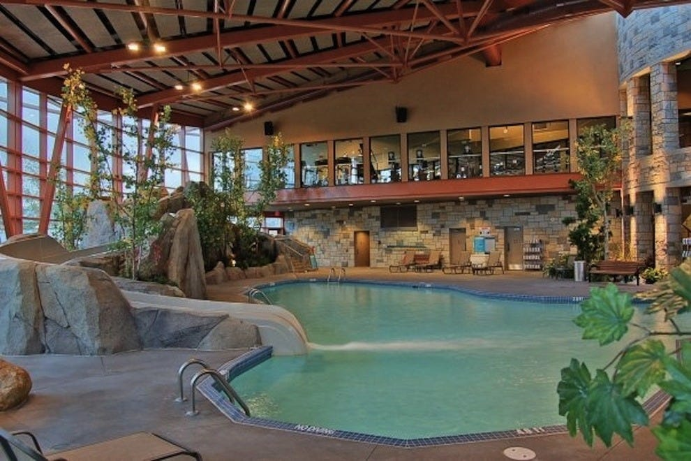 Vancouver resorts in vancouver bc resort reviews 10best for Pool design vancouver