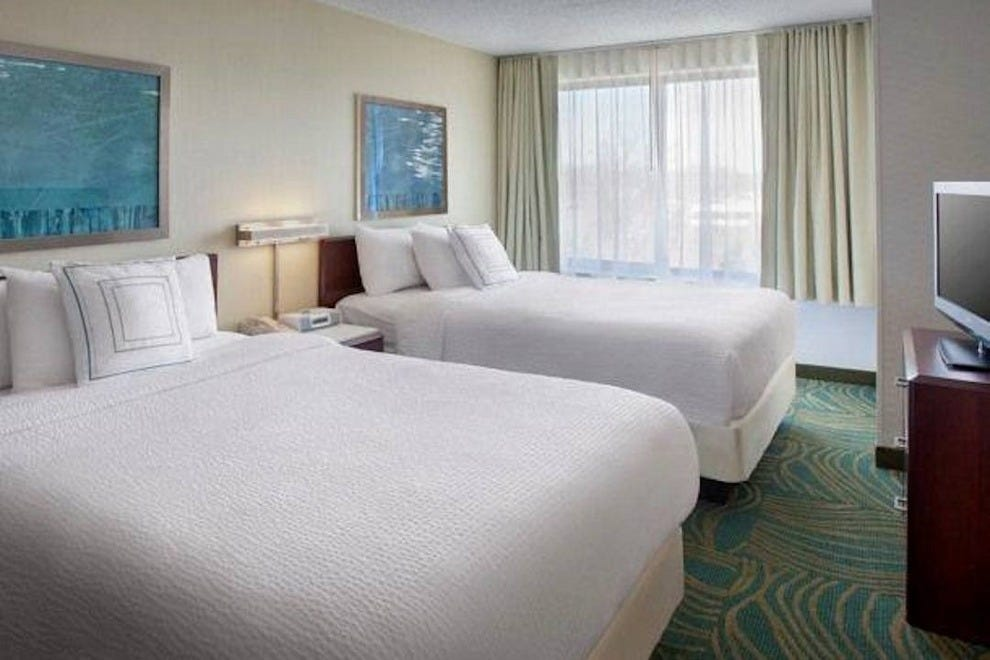 springhill guest house Springhill suites pittsburgh mt lebanon is a 3-star attractive  offering contemporary guest rooms, the lovely hyatt house pittsburgh-south side lies within a 15.
