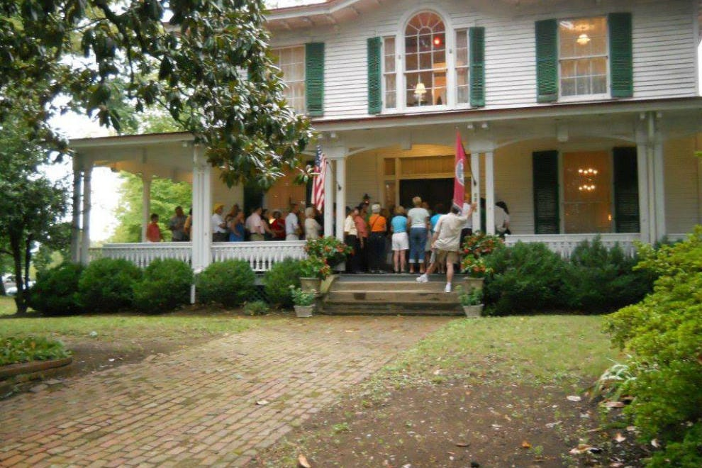 Historic homes knoxville attractions review 10best for Home builders in knoxville tennessee