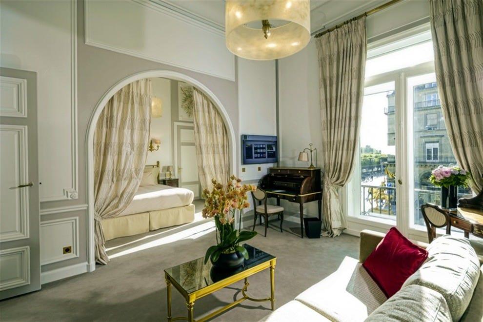Photo Courtesy Of Hotel Regina Paris Eiffel Tower Suite