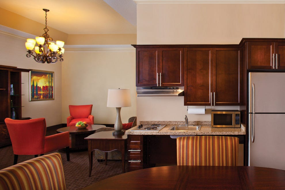 Hawthorn Suites by Wyndham Louisville East