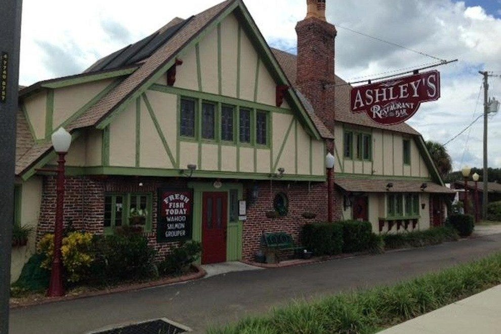 Ashley's Restaurant and Bar