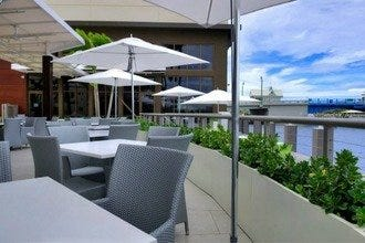 Kaluz Restaurant: A Sophisticated Eatery along the Beautiful Intracoastal