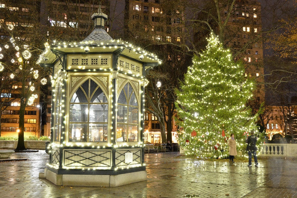 Rittenhouse Square Annual Tree Lighting