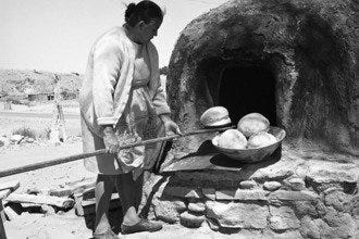 Bread Baking in the Southwest: a Native American Tradition