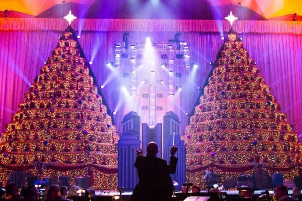 Singing Christmas Tree.Singing Christmas Trees Orlando Attractions Review 10best