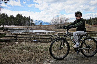 Truckee River Bike Trail: Bike and Eat Your Way Along