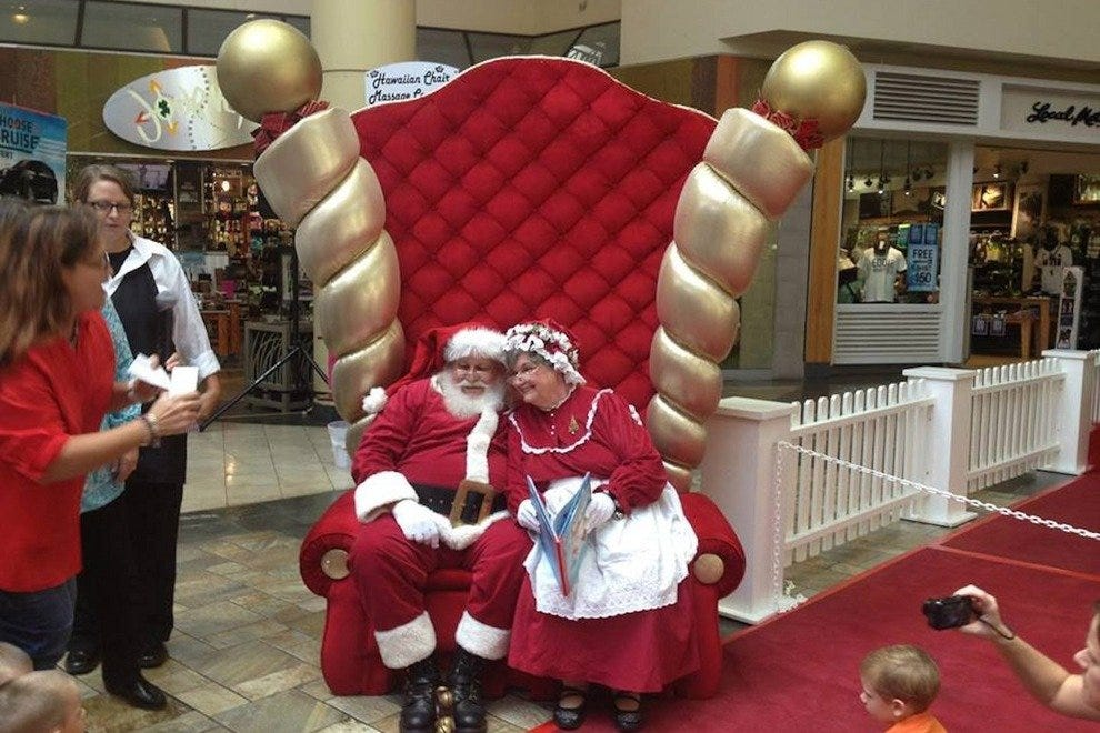 Christmas at Windward Mall