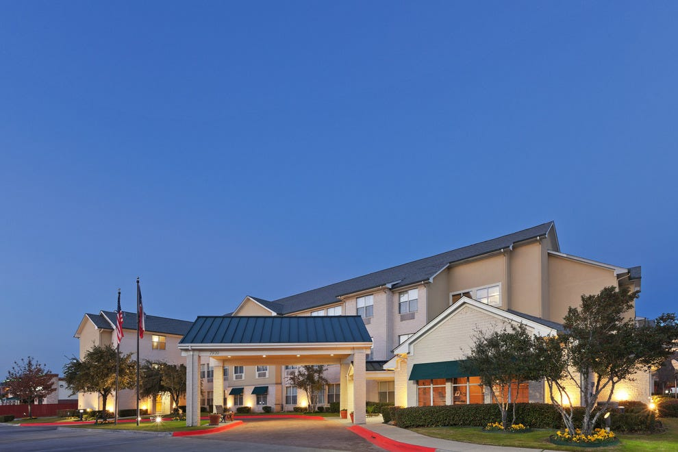 Candlewood Suites Market Center