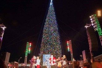 Annual Christmas Tree Lighting at Anthem Outlets