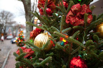 Boston Christmas Shopping: The Best Streets, Malls, Centers and Craft Fairs
