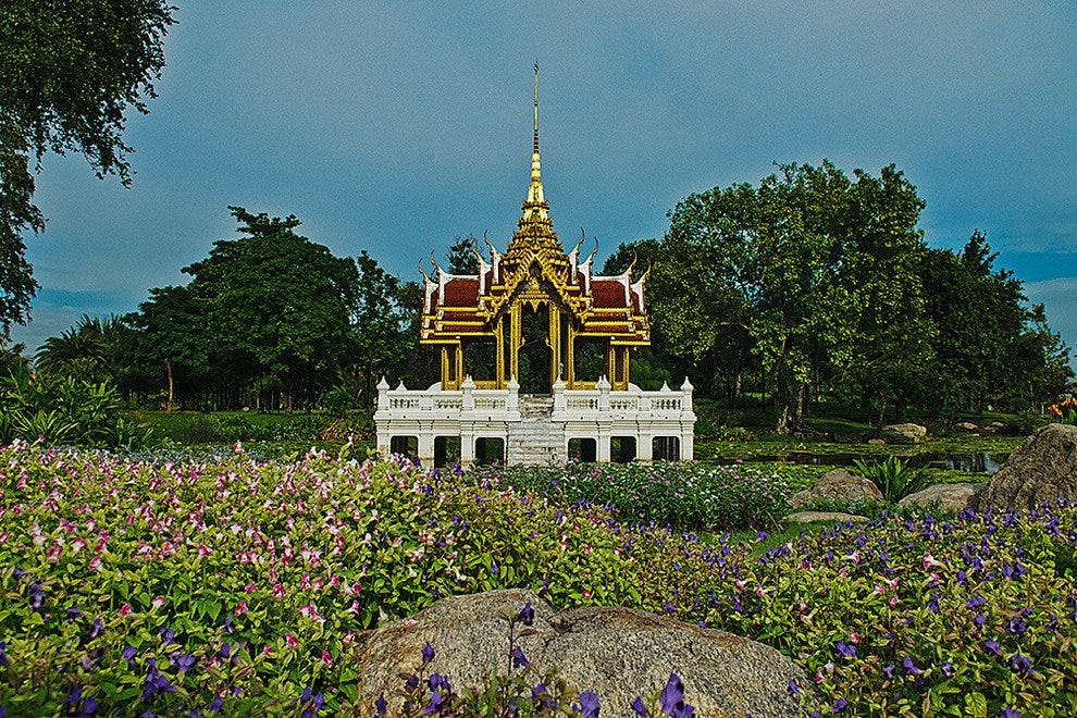 Beautiful grounds at King Rama IX Park
