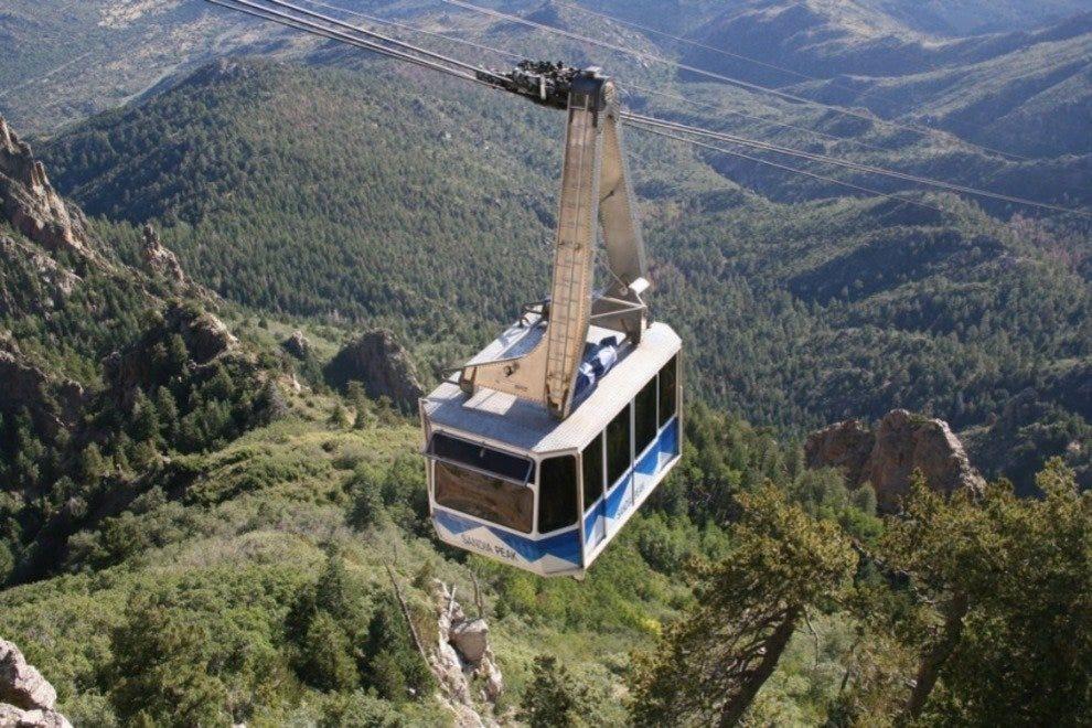 how to get to sandia peak tramway
