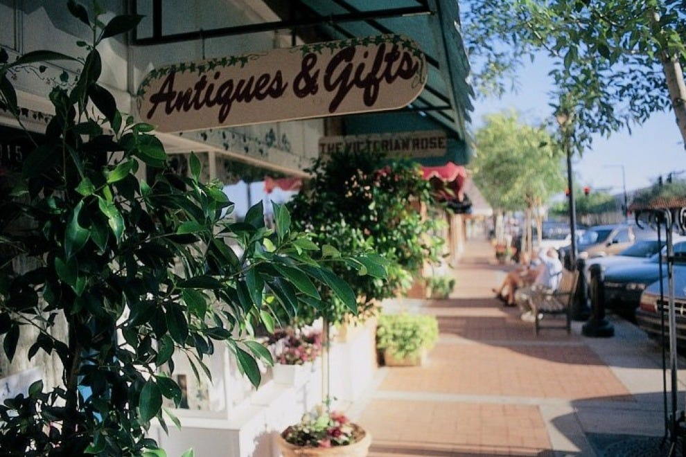 Downtown Glendale is home to dozens of specialty boutiques and antique shops