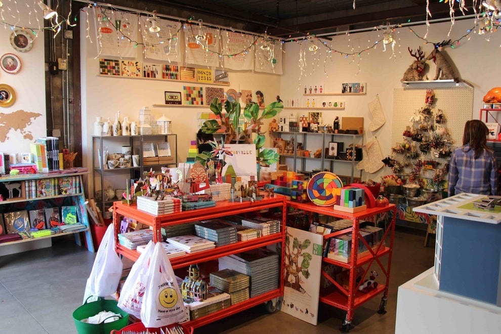 Santa Monica Museum of Art Gracie Christmas Shop: Los Angeles Shopping Review - 10Best Experts ...