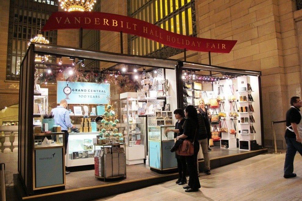 Christmas Shopping Shopping In New York