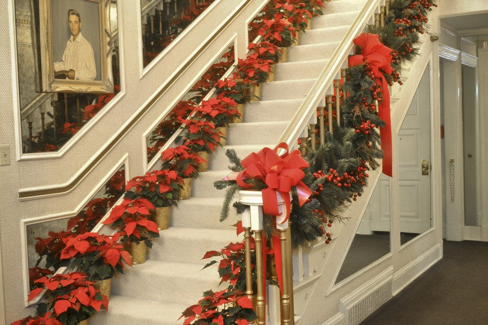 Christmas At Graceland Memphis Attractions Review